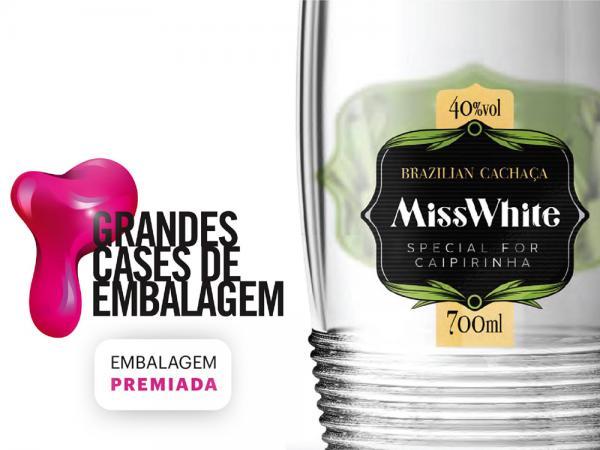 O vencedor do prêmio Grandes Cases de Embalagem 2016 é nosso parceiro Cachaça Miss White.
